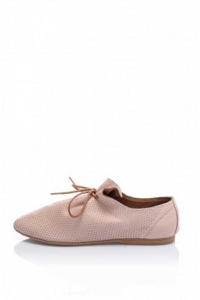 حذاء نسائي مع زم