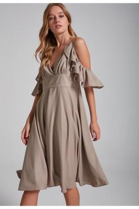 فستان  رسمي قصير مع كشكش