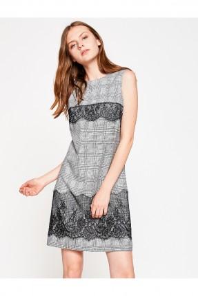 فستان نسائي حفر