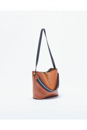حقيبة يد نسائية مع زخرفة