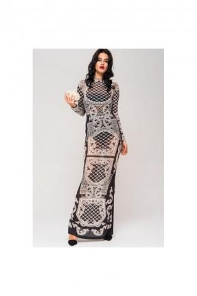 فستان رسمي طويل مع لؤلؤ