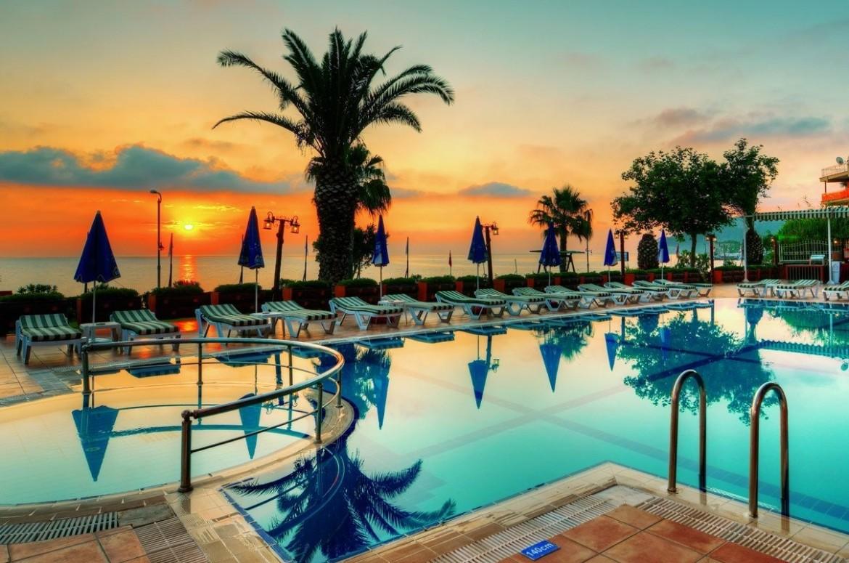 نتيجة بحث الصور عن نادي فاليري بيتش هوتيل الشاطئ كيمير تركيا
