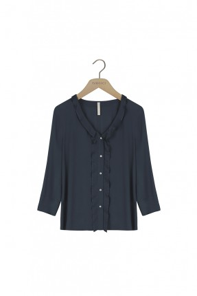 قميص نسائي ياقة v