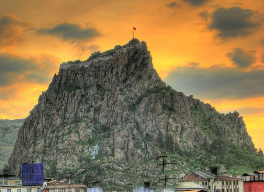 نتيجة بحث الصور عن قلعة افيون تركيا