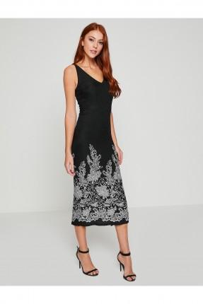 فستان طويل منقوش ورود ياقة V