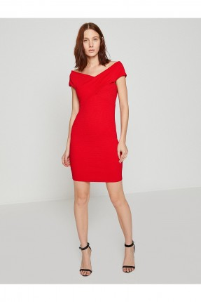 فستان نسائي مكشوف الاكتاف - احمر
