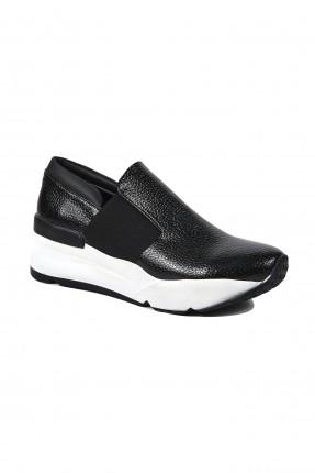 حذاء نسائي رياضي الاطراف مطاط - اسود