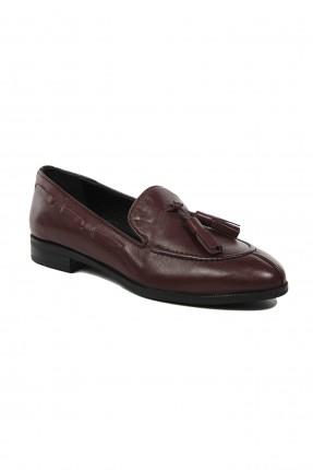 حذاء نسائية جلد مزينة بقطع جلدية - خمري
