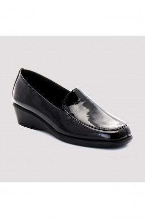 حذاء نسائي جلد لامع سادة شيك - اسود
