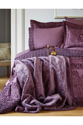 طقم غطاء سرير مزدوج بنقوش فاخرة / قطعتين /