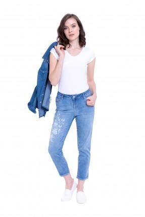 بنطال نسائي جينز قصير مطرز