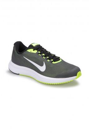 بوط رجالي رياضي Nike للجري