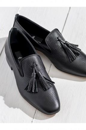 حذاء نسائي مع شراشيب - اسود