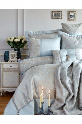 طقم سرير مزدوج كامل مكون من 7 قطع