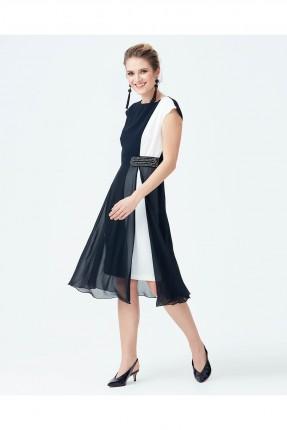 فستان شيفون نصف كم مزين من الجانب سبور