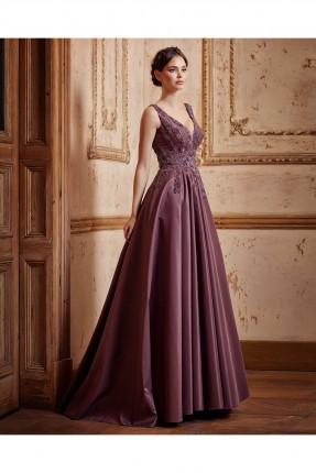 فستان  نسائي طويل حفر مفتوح الصدر رسمي
