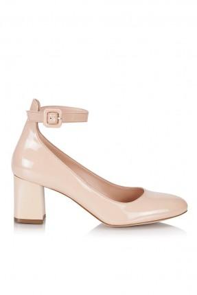 حذاء نسائي مع حزام كعب وسط
