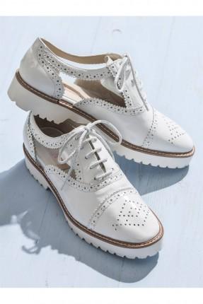 حذاء نسائي مفرغ - ابيض