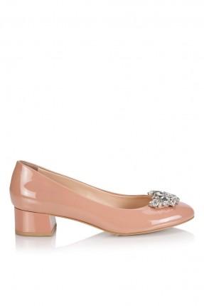 حذاء نسائي مزينة بالماس