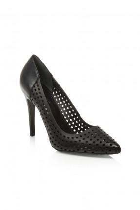 حذاء نسائي مع ثقوب - اسود