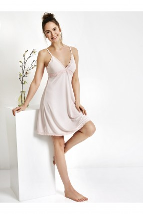 فستان نوم مع دانتيل بدون اكمام