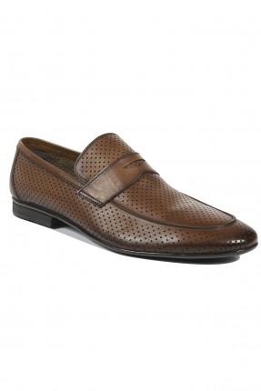حذاء رجالي منقط مفرغ كلاسيكي - بني