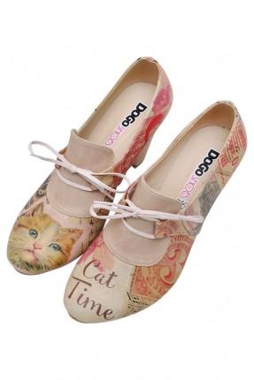 حذاء نسائي بكعب مطبوع قطة سبور