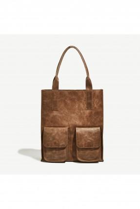 حقيبة يد نسائية مع جيوب خارجية