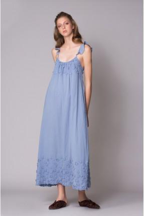 فستان سبور طويل حفر مزين من الاعلى والاسفل