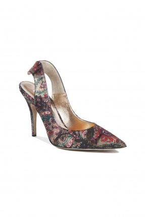 حذاء نسائي بكعب كلاسيكي منقوش