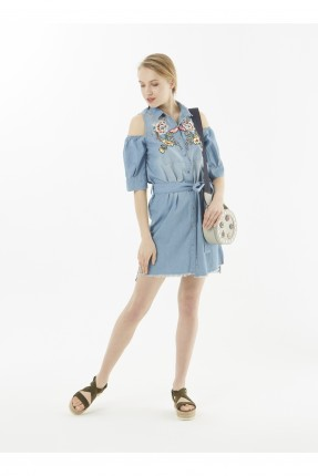 فستان سبور قصير مع نقشة