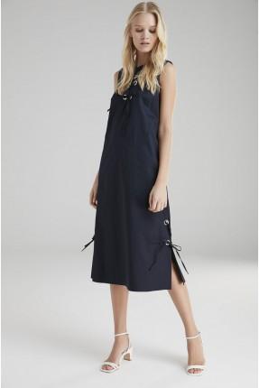 فستان سبور مع رباطات