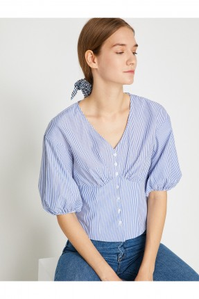 قميص نسائي مقلم بياقة سبعة سبور