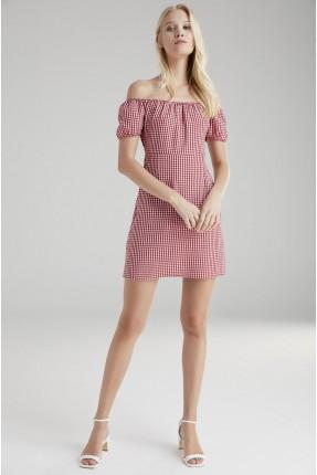 فستان سبور عاري الاكتاف