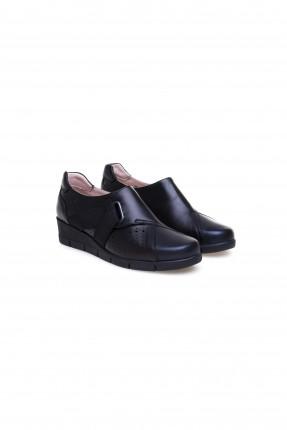حذاء نسائي مفرغ من الجانب كلاسيكي