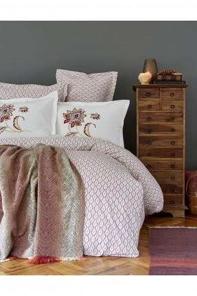 طقم غطاء سرير مزدوج مع بطانية منقوش