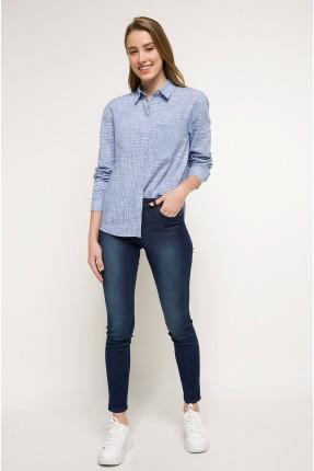 بنطال جينز نسائي مع جيوب