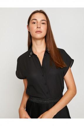 قميص نسائي بياقة بولو مزينة احجار - اسود