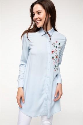 قميص نسائي مطرز ورد - ازرق