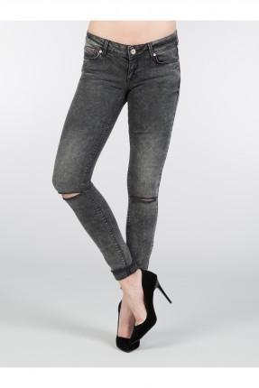 بنطال جينز نسائي ممزق كاحت