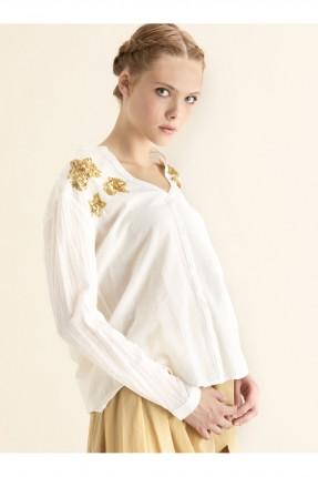 قميص نسائي مطرز ورد كم طويل - ابيض