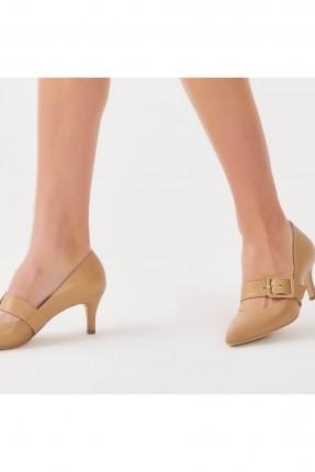 حذاء نسائي بحزام