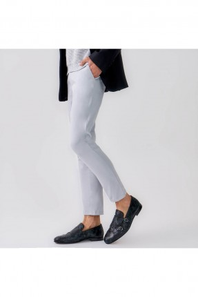 حذاء رجالي منقش - اسود