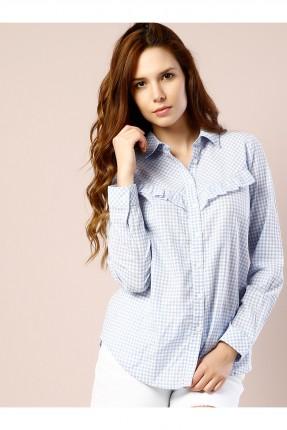 قميص نسائي مزين بكشكش