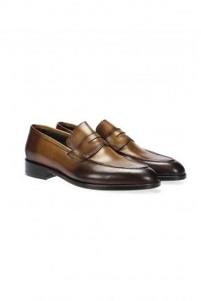 حذاء رجالي سبور - زيتي