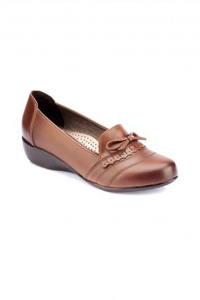 حذاء نسائي سبور مع فيونكة