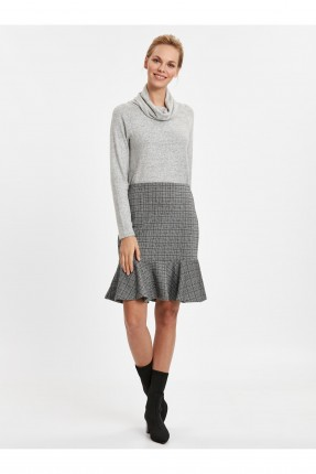 تنورة قصيرة كاروهات مع كشكش - رمادي