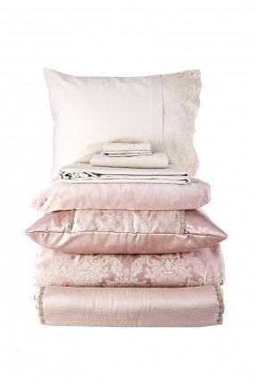 طقم غطاء سرير عرائسي منقش