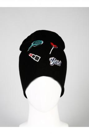 قبعة نسائية مع طبعات  - اسود