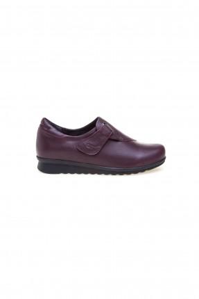 حذاء نسائي مع لاصق - خمري